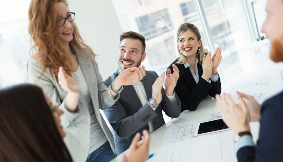 People clapping hands conflict solution