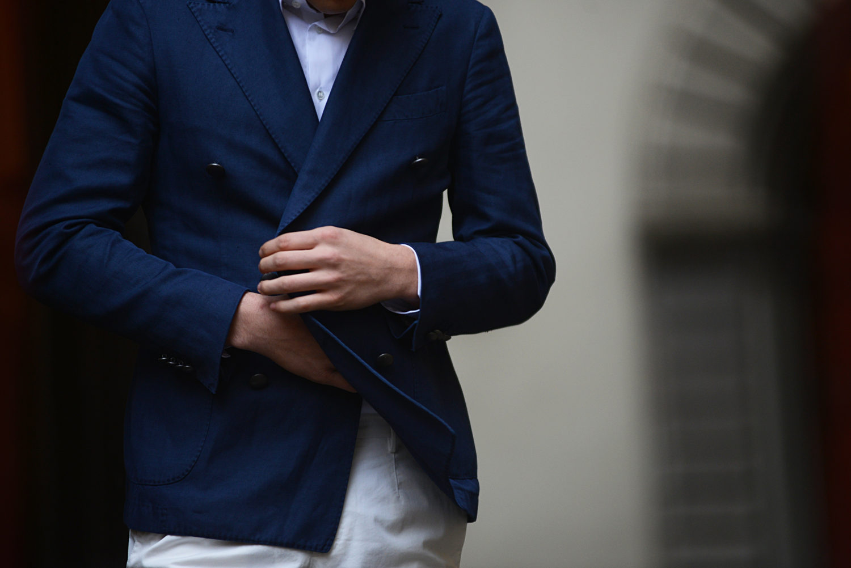Guerreisms-Luisa-Via-Roma-blue-suit
