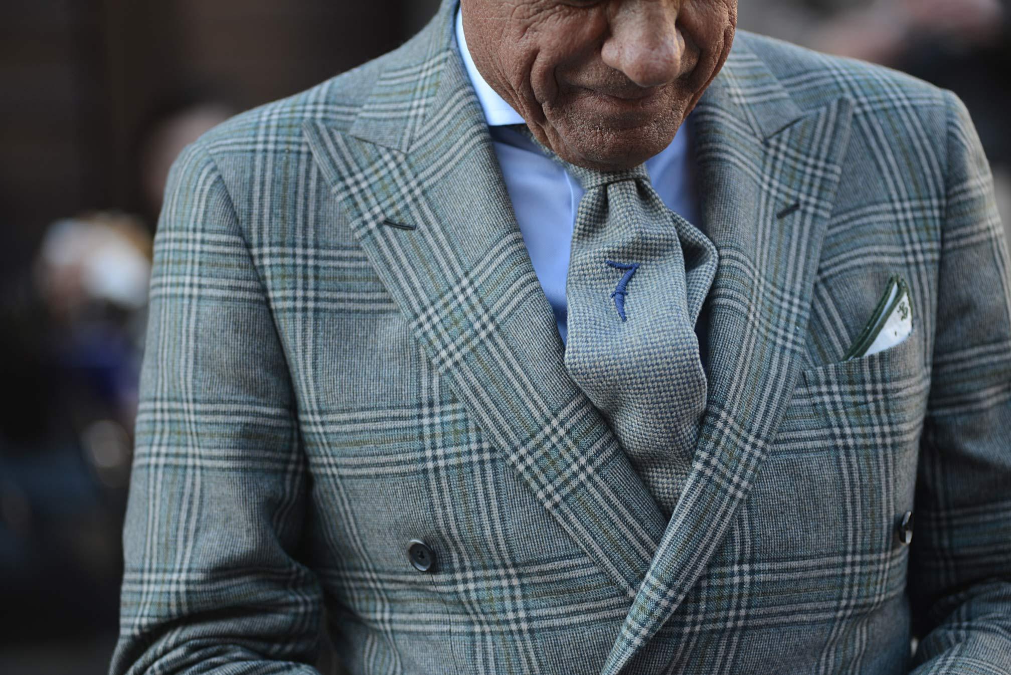 Lino-Ieluzzio-Guerreisms-Winter-coat