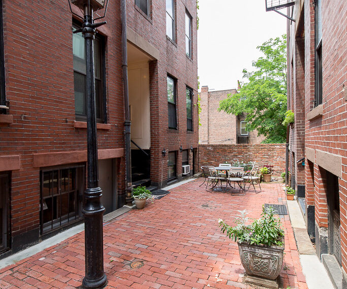 Beacon Hill, Goodwin Place, FURNISHED One Bedroom