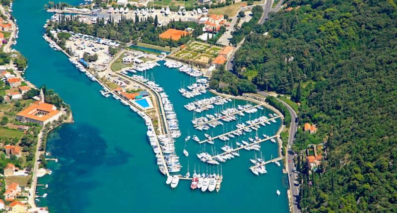 Dubrovnik marina Catamaran charter Croatia