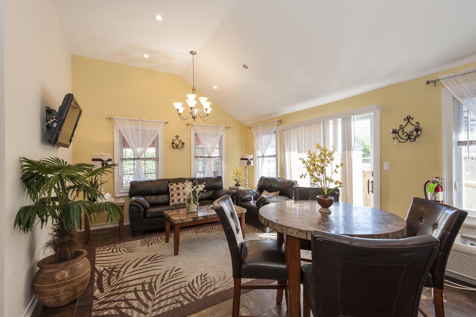Chelsea Livingroom