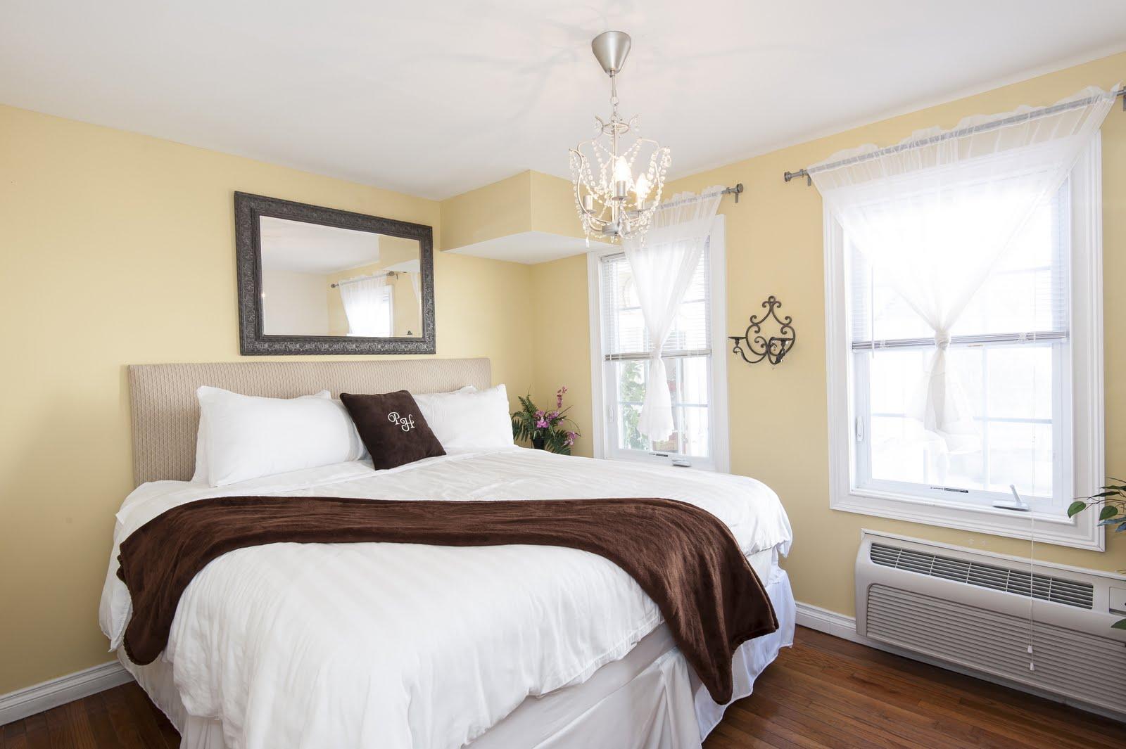 Chelsea Standard King Bed