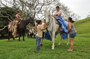 Pa'u Workshop held Saturday, April 25 2015 at Kona Historical Society