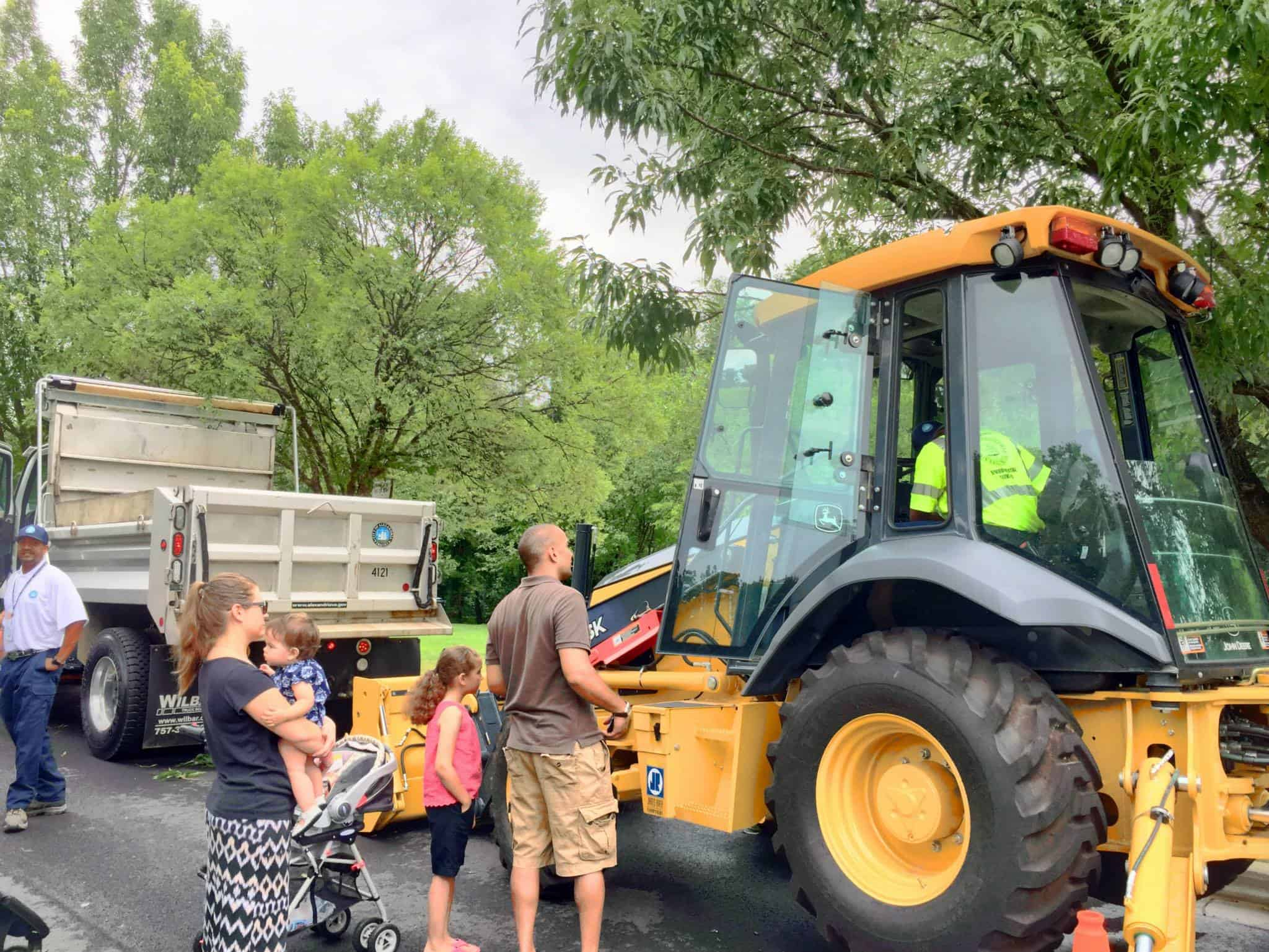 The City's Department of Transportation & Environmental Services (T&ES) will kick off National Public Works Week, (May 20-26) by hosting its second annual Open House on Saturday, May 19, from 10 a.m. to 1:30 p.m., at 2900 Business Center Drive.