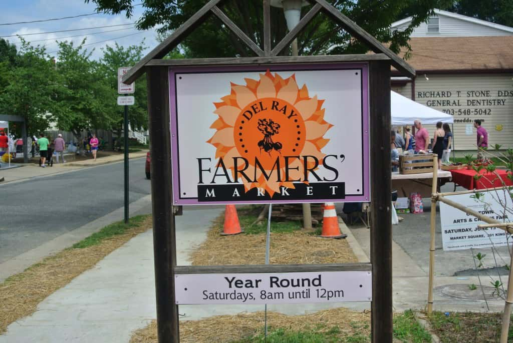 The Del Ray Market is a year-round producer grown farmer's market, with fresh vegetables and fruits in season located in the heart of the Del Ray neighborhood, one of Alexandria, Virginia's most vibrant neighborhoods.