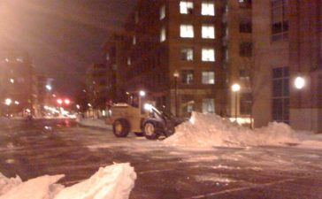 With snow happening this weekend in Alexandria, Virginia, on this Flashback Friday, here's a look back at other bad snowstorms in Alexandria, Virginia.