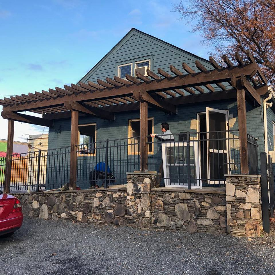 A new outdoor Beer Garden from Charlie's on the Avenue is now under construction in the former Greenstreet Gardens space on 1503-1505 Mount Vernon Avenue in Alexandria's Del Ray neighborhood.