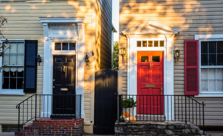 According to realtor.com®'sDecember housing report, the U.S. housing market showed continuing signs of cooling in many of the nation's largest metros in December 2018.