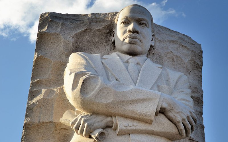 Instead of a day off from work or school, celebrate Dr. King's legacy by turning community concerns into citizen action. Find volunteer opportunities around the City.