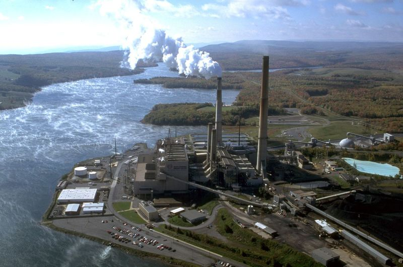 Governor Ralph Northam, Virginia House of Delegates Speaker Kirk Cox, and a bipartisan group of legislators today announced a historic agreement to clean up large coal ash ponds in Chesapeake City and the counties of Prince William, Chesterfield, and Fluvanna.