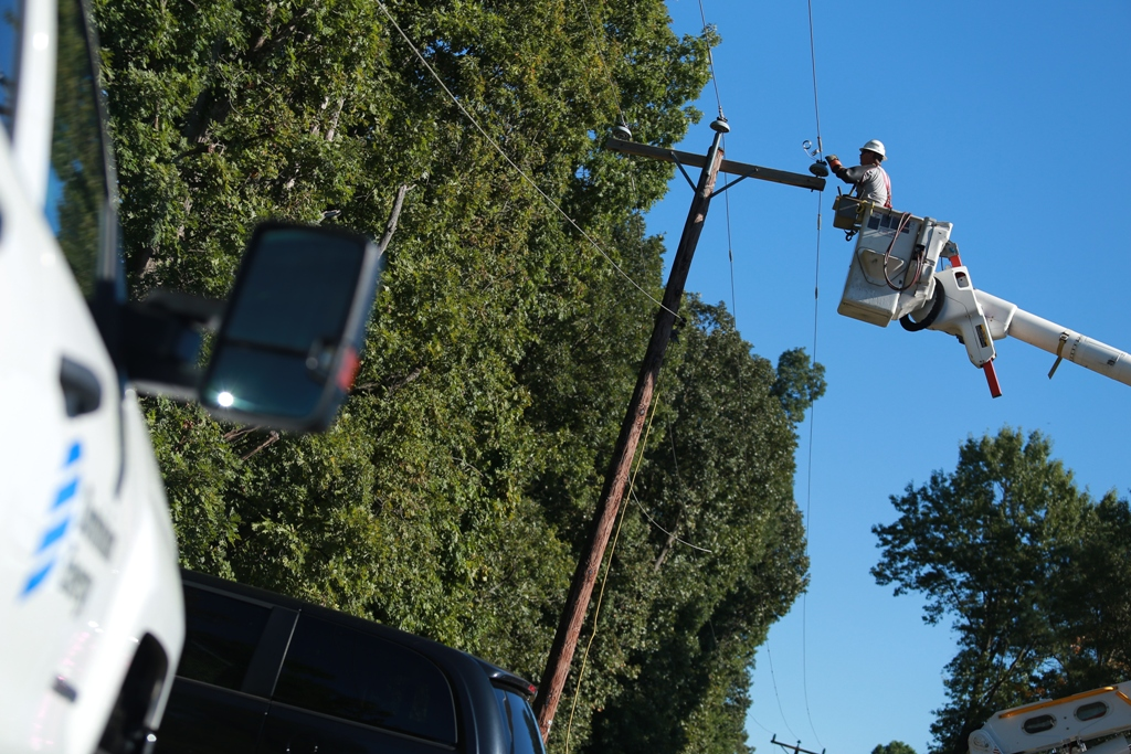 """TheEdison Electric Institute(EEI) has awardedDominion Energywith the Association's """"Emergency RecoveryAward"""" for its outstanding power restoration efforts after Tropical Storm Michael caused more than 630,000 outages in the Dominion Energy service territory inOctober 2018."""