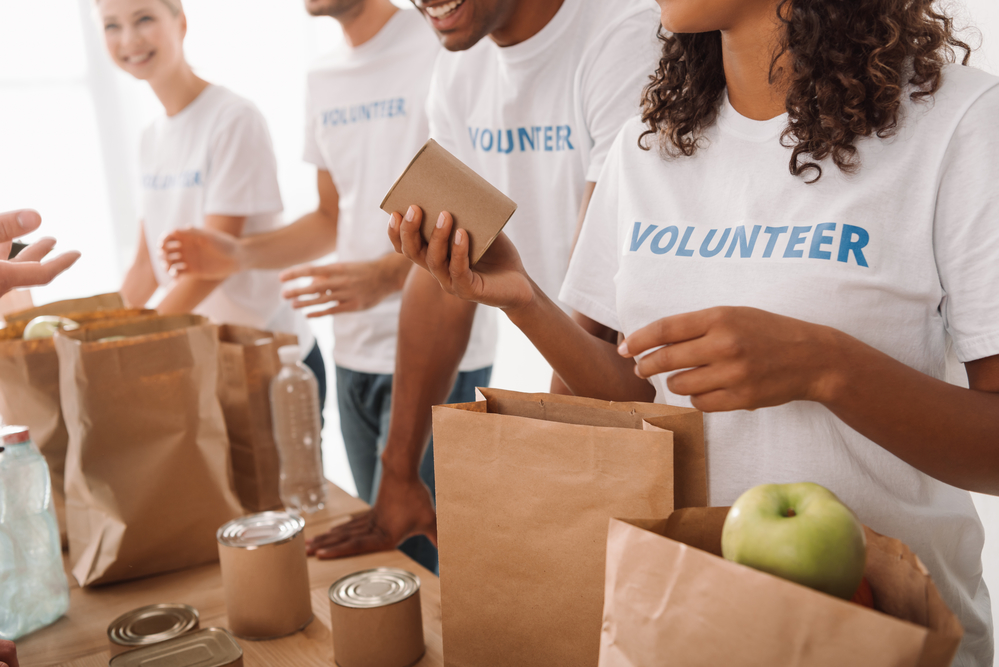 Volunteer Alexandria, in partnership with the City of Alexandria, will host its annual Spring for Alexandria Community Service Day on Friday, May 17, starting at 12:30 pm.