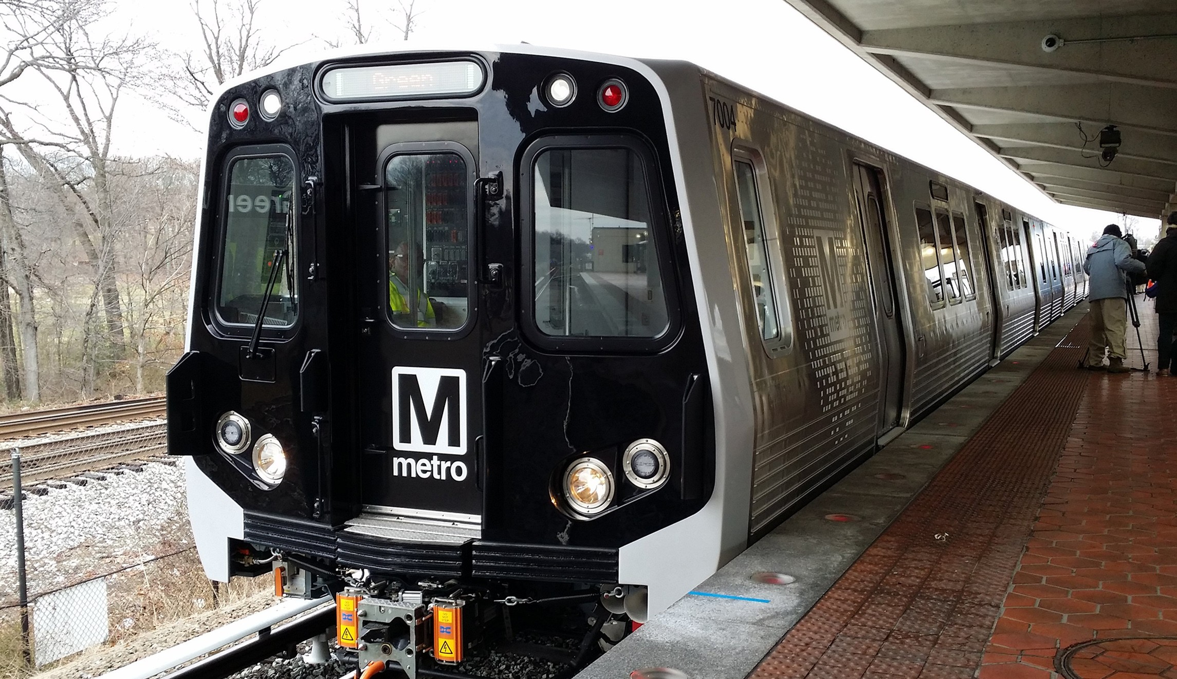 Metro is celebrating Earth Day with the announcement of its first-ever Energy Action Plan - a detailed roadmap to reduce energy usage, cut greenhouse gas emissions and generate up to $29 million annually in energy and operational cost savings.