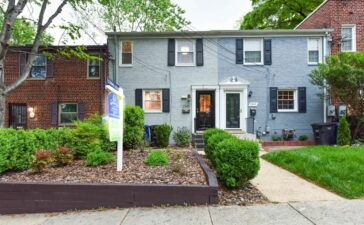 This gorgeous, modern 3BR 2 BA colonial townhouse has just hit the market for sale at 2945 Landover Street in the Warwick Village neighborhood of Alexandria, Virginia.