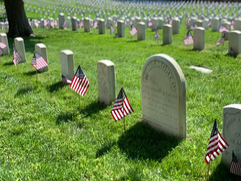 On Memorial Day, I always take time to pause to reflect on some of our veterans who are buried nearby inthe Alexandria National Cemetery, one of the oldestnational cemeteriesin the nation.
