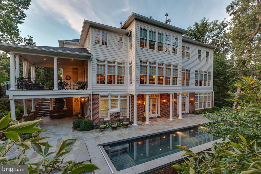 Here are ten (10) real estate listings that are pretty extraordinary and currently on the market in Alexandria, Virginia.
