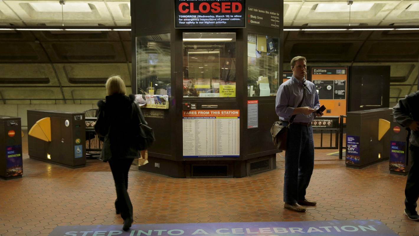 On May 22, Alexandria, Virginia will host a Metrorail shutdown open house to answer project questions and assist with trip planning.