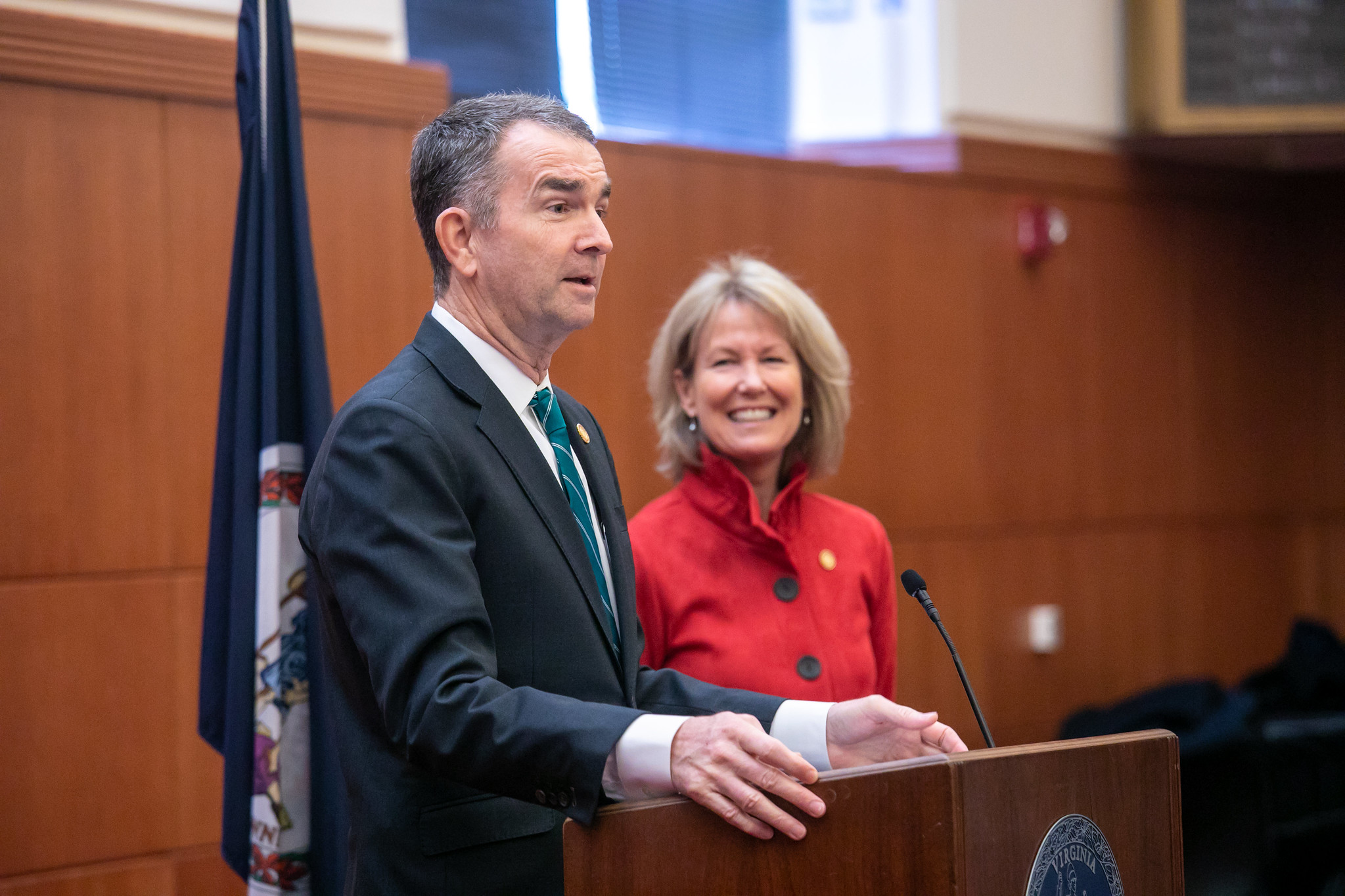 Governor Ralph Northam and legislative leaders today announced support for a comprehensive transportation package that will improve driver and pedestrian safety and modernize funding for transit, rail, and roads.
