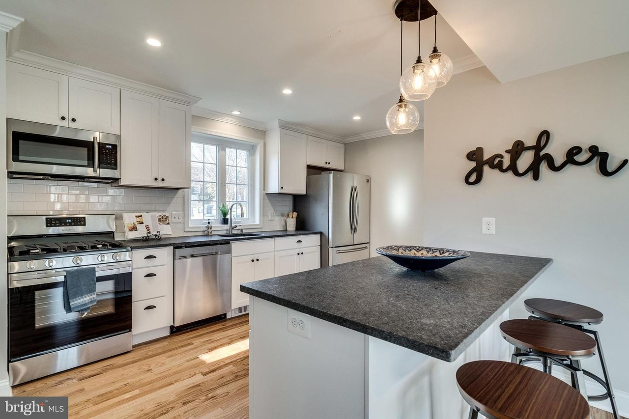 here's a list of 15 open houses that you can visit taking place this weekend – January 4-5, 2020 – in Alexandria, Virginia.