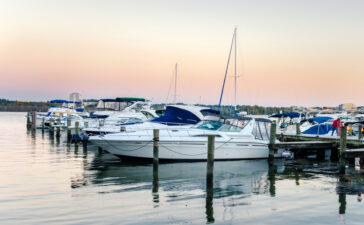 Virginia Department of Game and Inland Fisheries (DGIF) provides some excellent cold weather boating and water safety tips.
