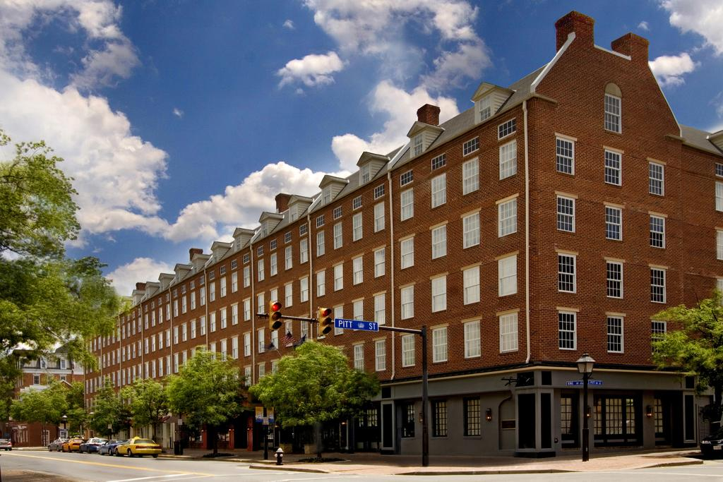 The Alexandrian, Autograph Collection hotel, located in the heart of Old Town Alexandria, Virginia was featured this week in In Touch Weekly.