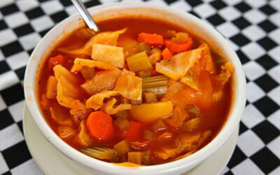Hot-Cabbage-Borscht-Soup-400x250