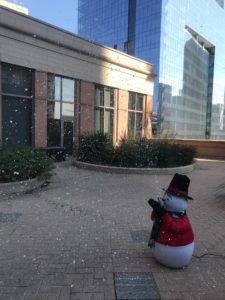 Snowman Snow Machine Rentals in Dallas Tx.