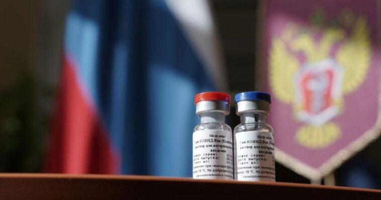 Vacuna rusa contra el covid-19 llegaría a México este año