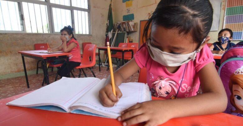 Regreso a clases presenciales en Michoacán; fechas y protocolos