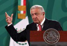 Autodefensas no deben existir: AMLO a aguacateros en Michoacán
