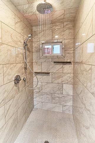 General contractor bathroom remodel Sacramento.