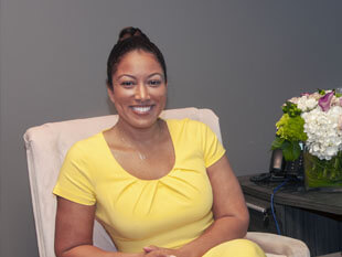 An image of attorney Regina Edwards in the EO Family Law Office that links to Ms Edwards profile.