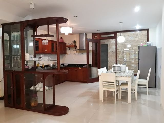 6 BEDROOM HOUSE FOR RENT NEAR MY KHE BEACH