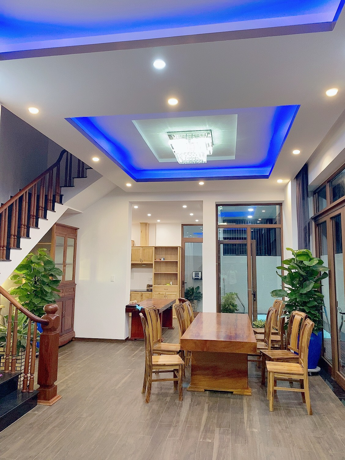 4 BEDROOM POOL VILLA FOR RENT IN FPT CITY