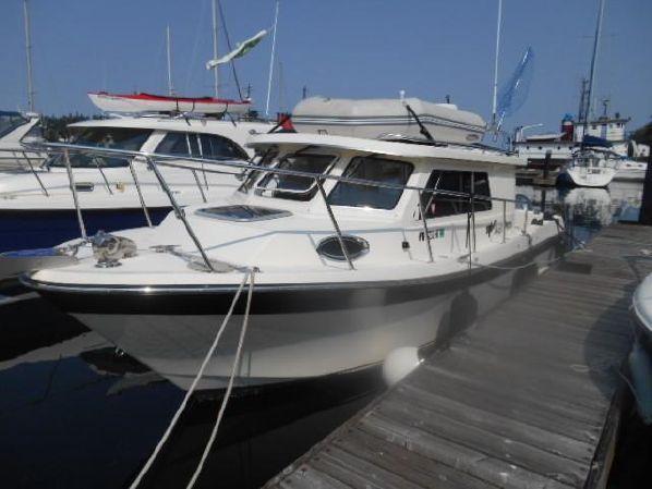 27′ Skagit Orca 27 XLC – US$109,500