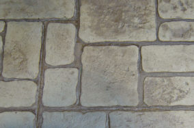 cobblestone-concrete-finish