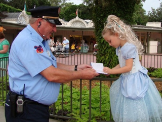 103 Random Acts of Kindness – Ideas to Inspire Kindness
