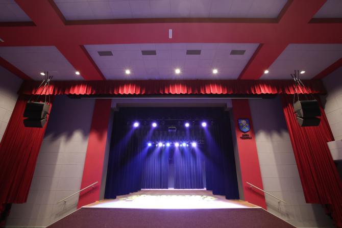 Equipos de Sonido para Auditorios Escolares