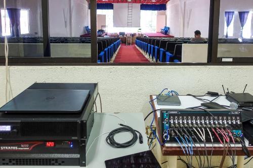 Equipos de Sonido para Auditorios y Escuelas