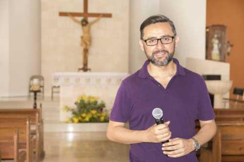 Microfonos para Iglesias Católicas