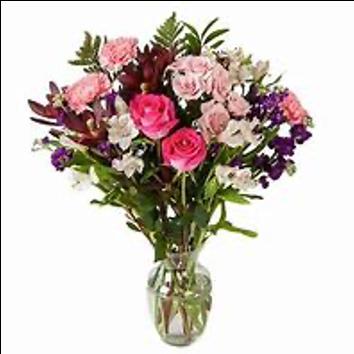 Fresh mixed flowers in vase