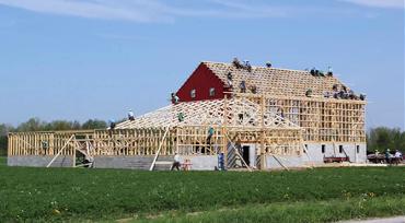 Amish Country barn raising