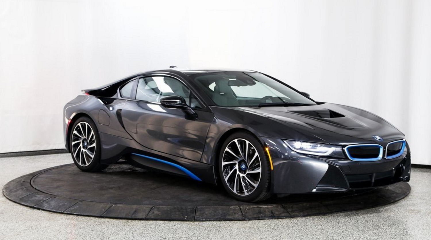 Rent BMW i8 From Exotic-Luxury-Rental.com