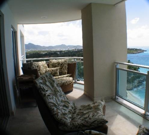 island-home-patio_-496x450