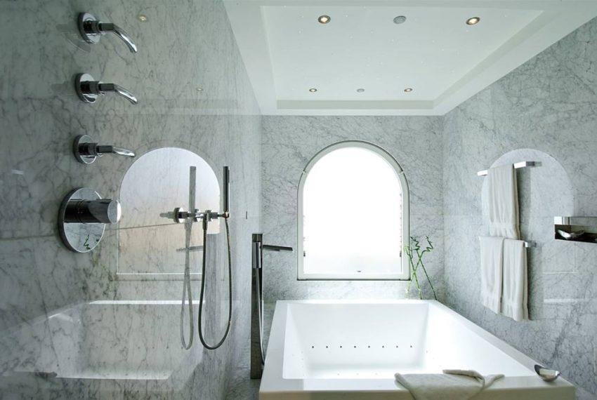 sandyline-master-bath-3.jpg.1024x0