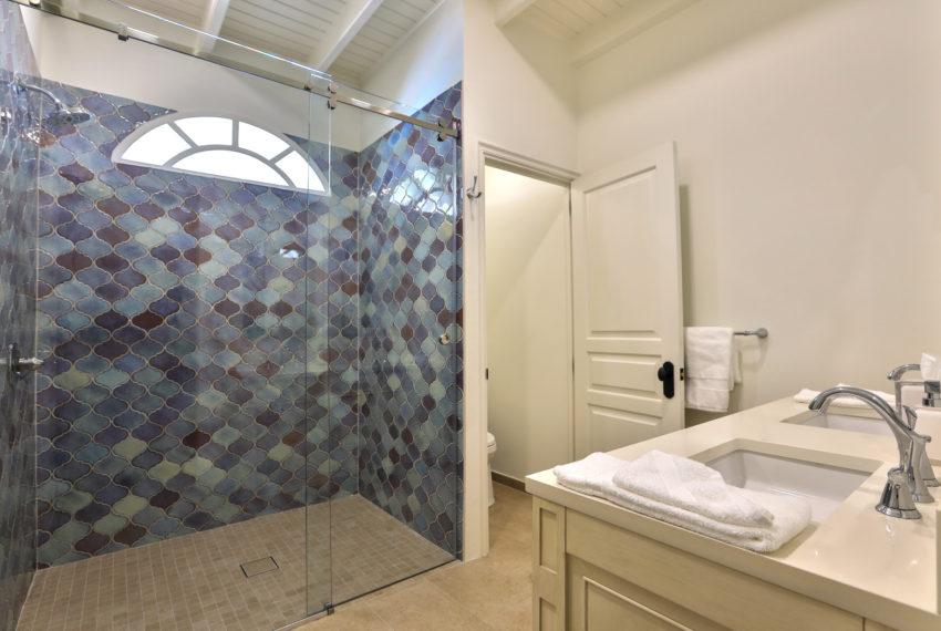 039-Guest Bathroom 3