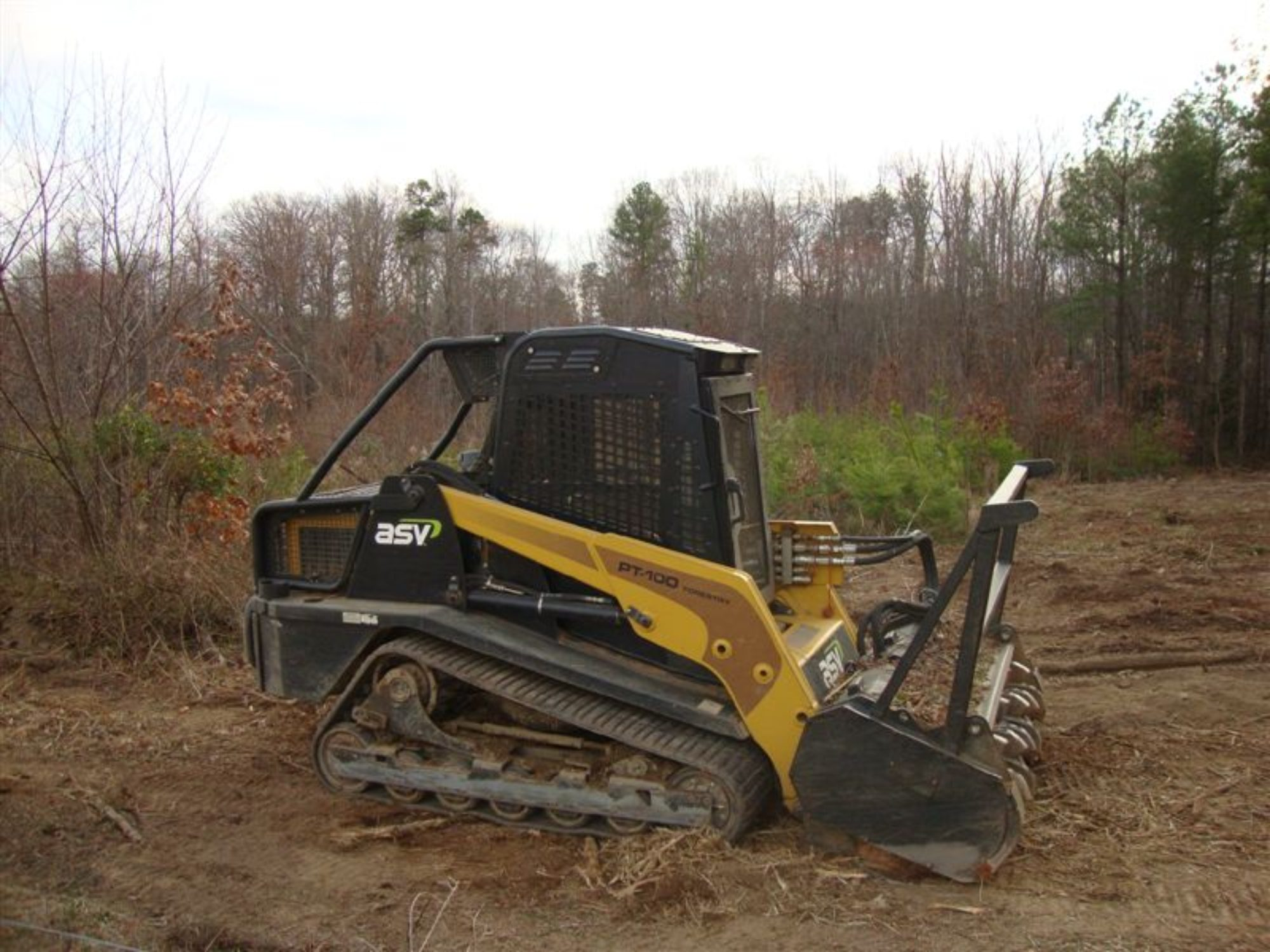 How Do I Clear My Land? What Land Clearing Equipment Should I Use?