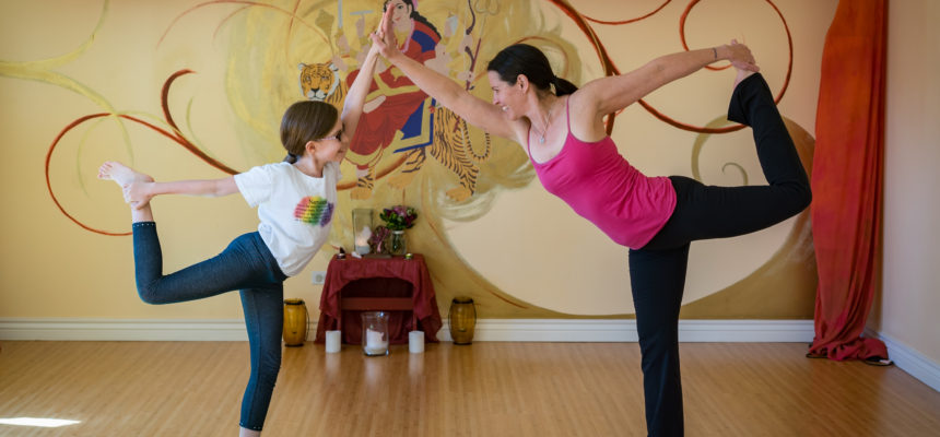 Family Yoga 0-99 yrs old