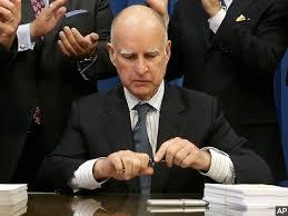 CA 2 sign bill